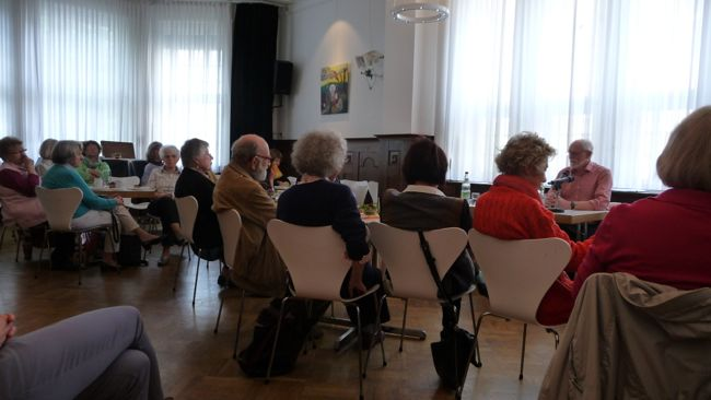Das Münchner Erzählcafé - eine feste Institution seit Jahren!